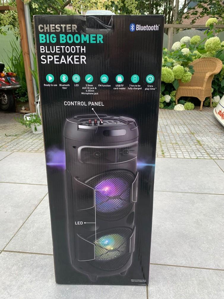 Mobiele luidspreker, bluetooth speaker, big boomer, draagbare geluidsbox, party speaker.