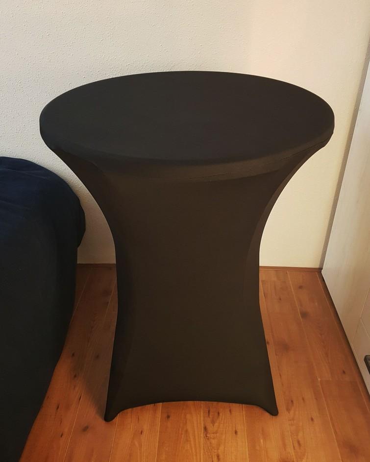 2x Statafel met zwarte rok