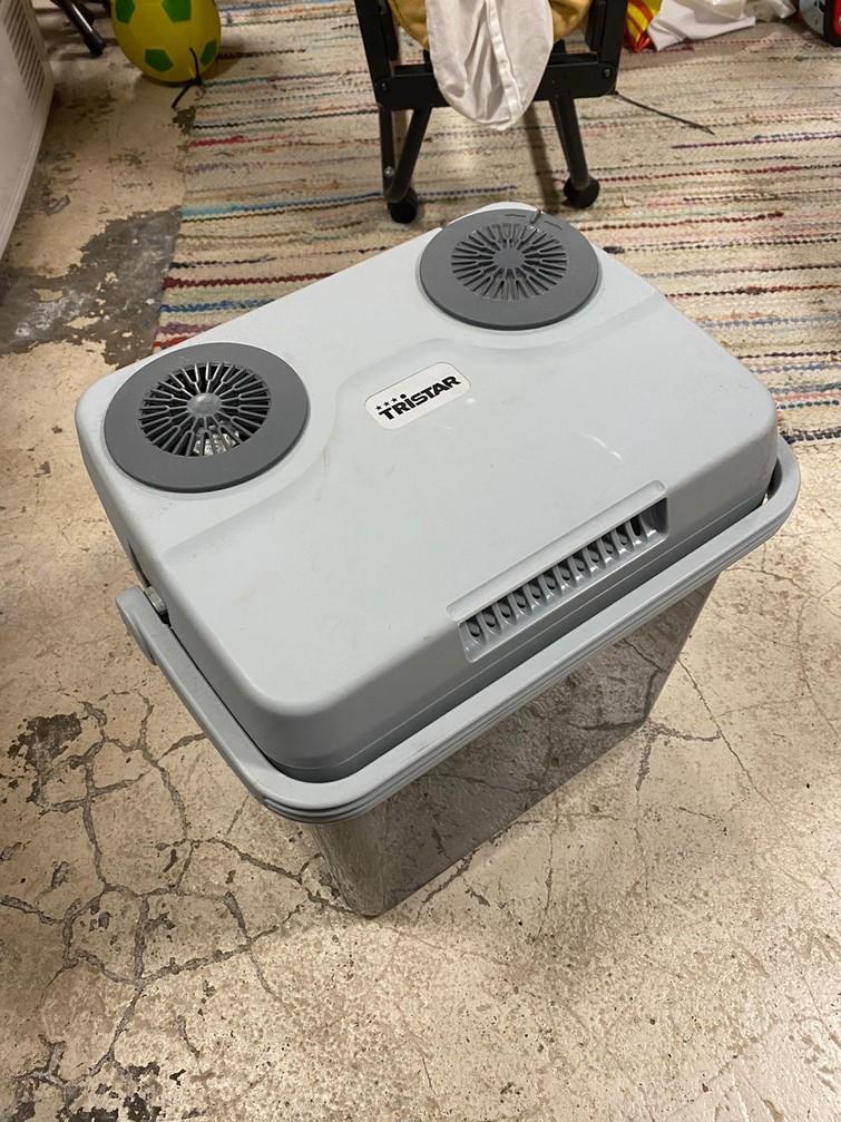 Koelbox op 12V of 220V (of koelelementen)