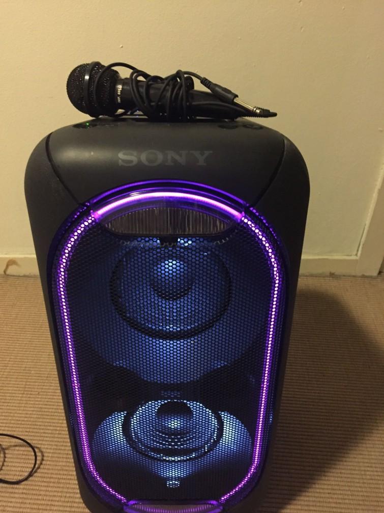 Sony XB60 Draadloze Bluetooth Speaker (de batterij gaat 14 uur mee)