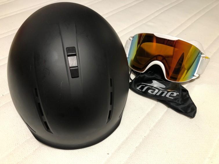 Ski helm en bril