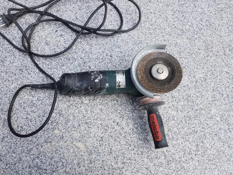 Metabo haakseslijper 125 mm schijf zonder gereedschap te wisslen