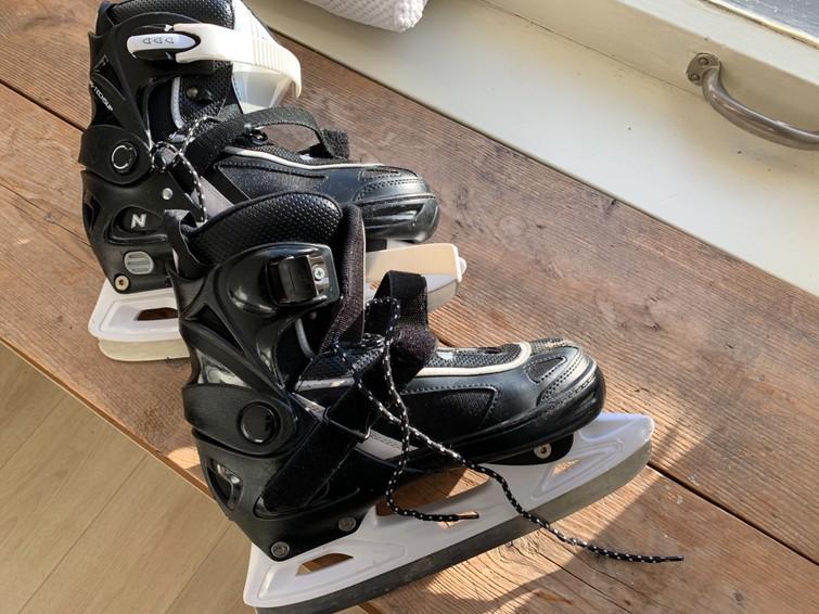 Vrouwen schaatsen maat 37-40 (Maat is verstelbaar)
