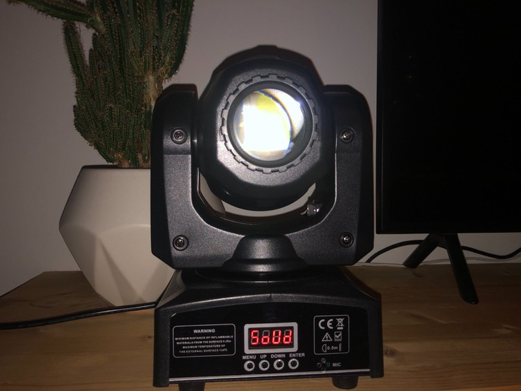 Disco / feest lichten, 4 movingheads inclusief aansturing