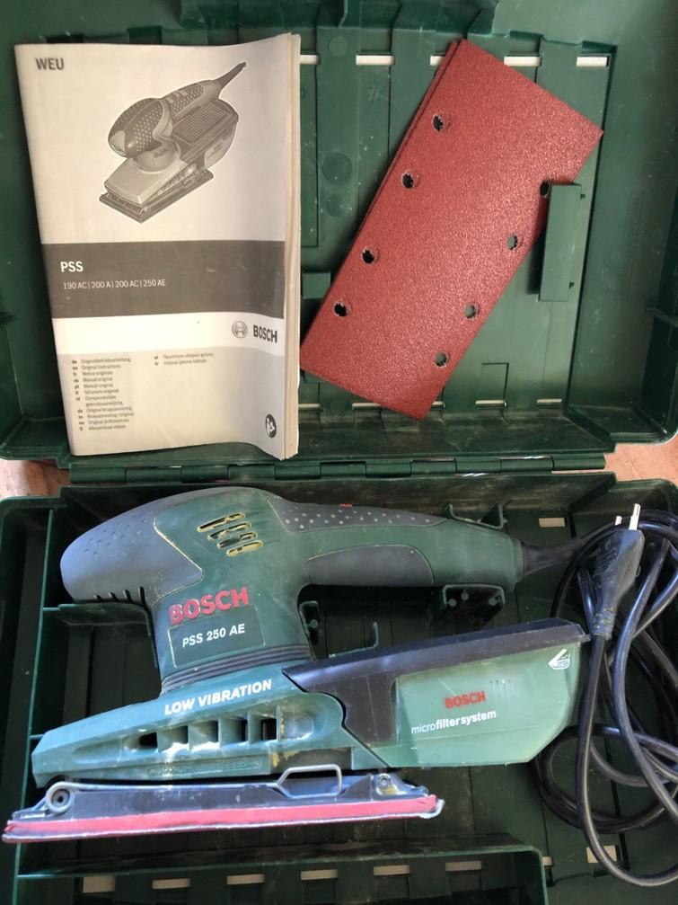 Bosch Vlakschuurmachine PSS 250 AE