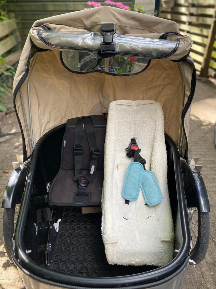 ELEKTRISCHE Bakfiets om kinderen/babies  te vervoeren / Bakfiets to transport kids/babies