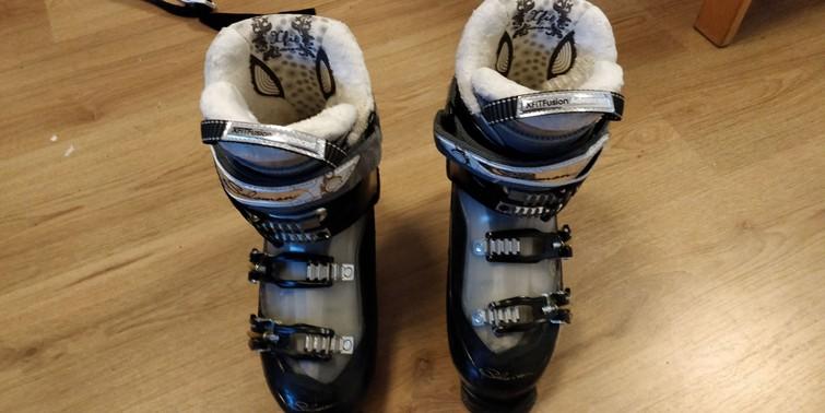 Skischoenen maat 39-40