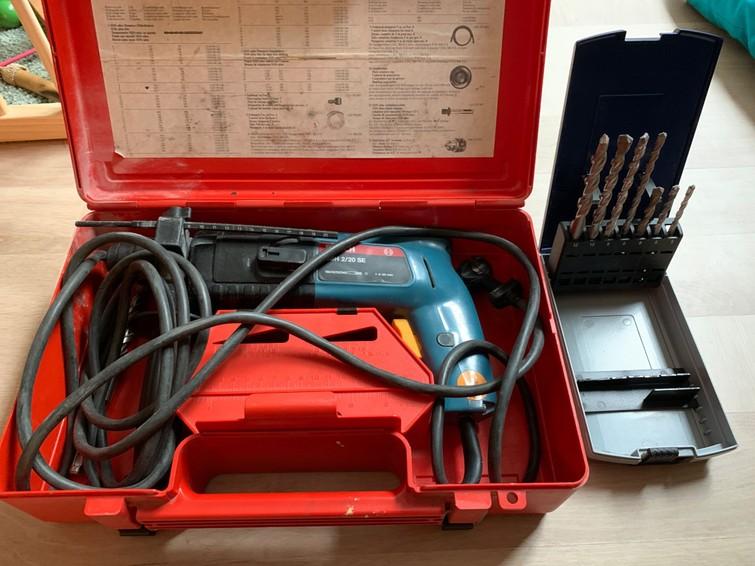 Beton boormachine met aantal boren