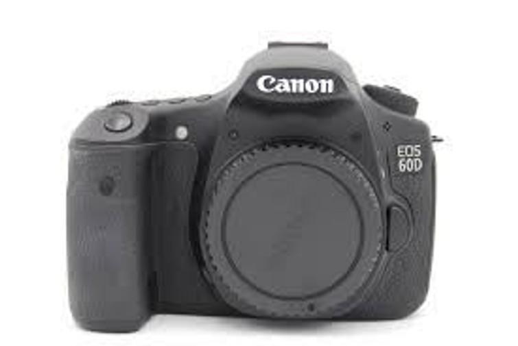 Canon 60D body met lenzen spiegelreflexcamera