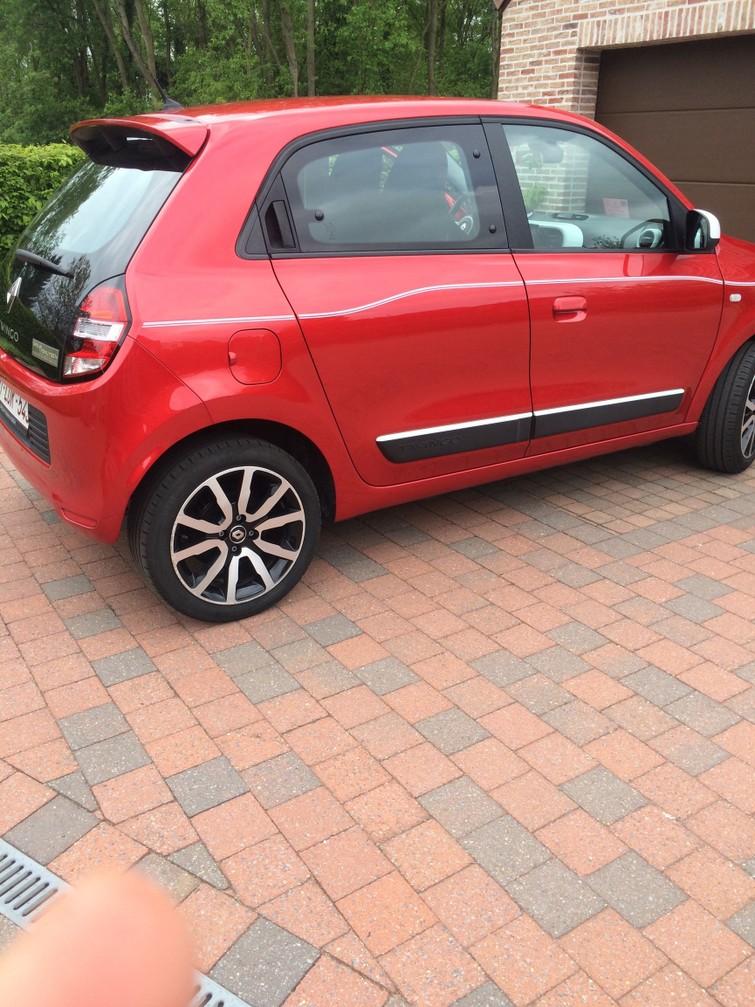 Auto ( Renault Twingo )
