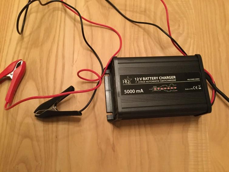 Acculader 5 AMP 7 fasen 12 volt