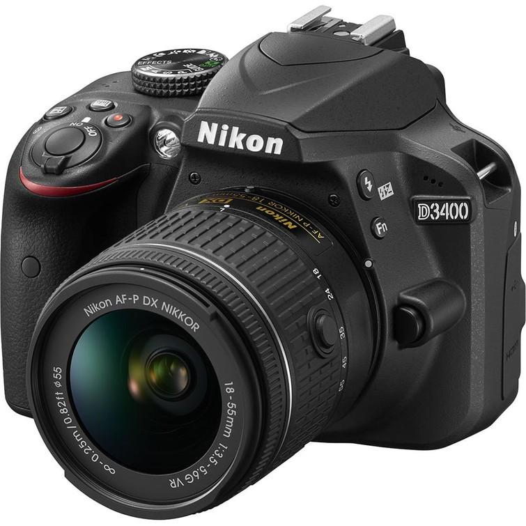 Spiegelreflex camera incl lens 18-200mm