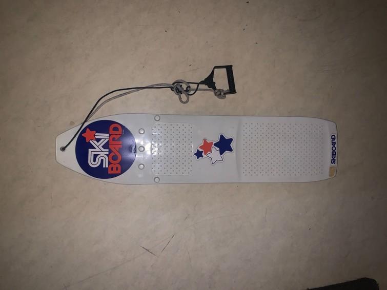 Ski board, ski slee