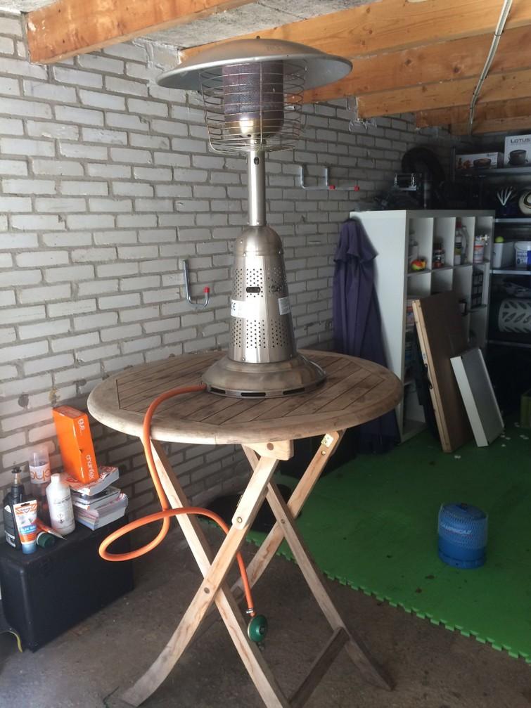 Terrasheater met statafel - op gas
