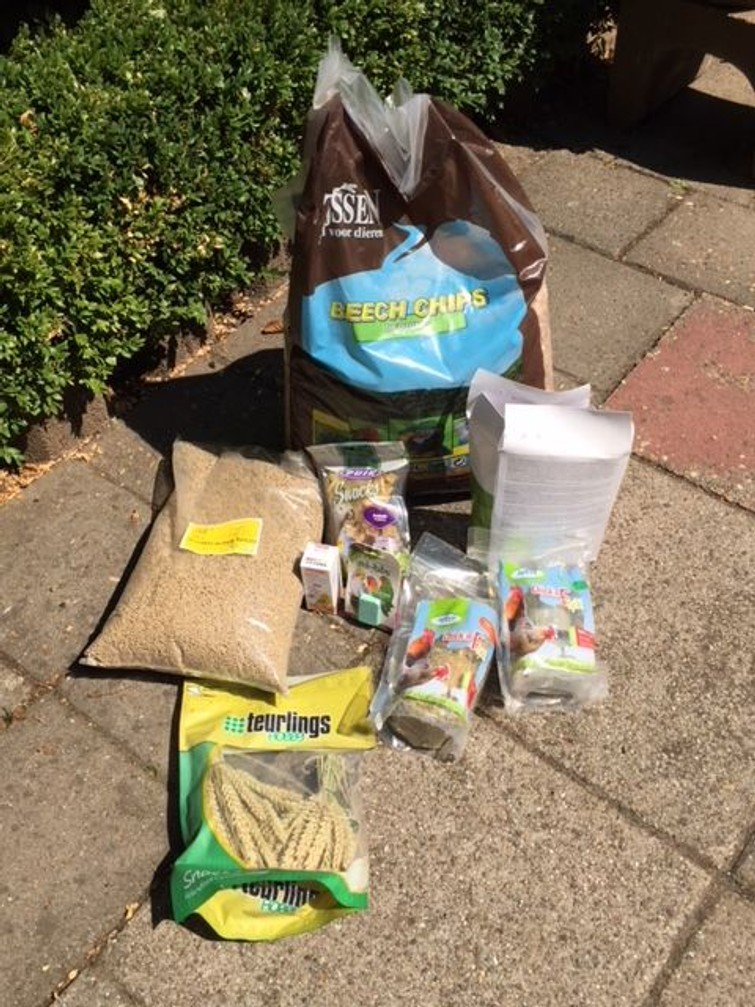 Chickens and parakeets have gone. Still new packages of food, cage stuff left. Who wants to come and collect it for free?