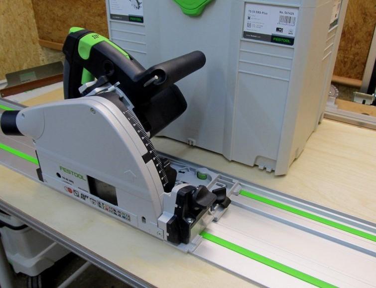 Festool inval circelzaag TS 55 EBQ Incl. korte (80 cm) en lange (140 cm) lineaal/langsgeleiders (koppelbaar)