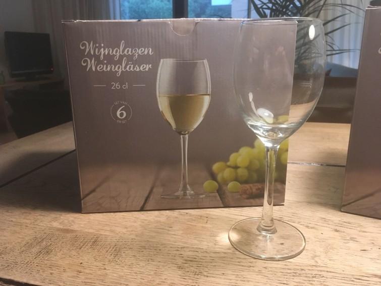 Wijnglazen (11 stuks)