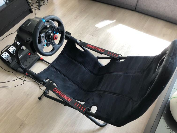 Playseat met racestuur, pedalen en F1 2020 voor PS4