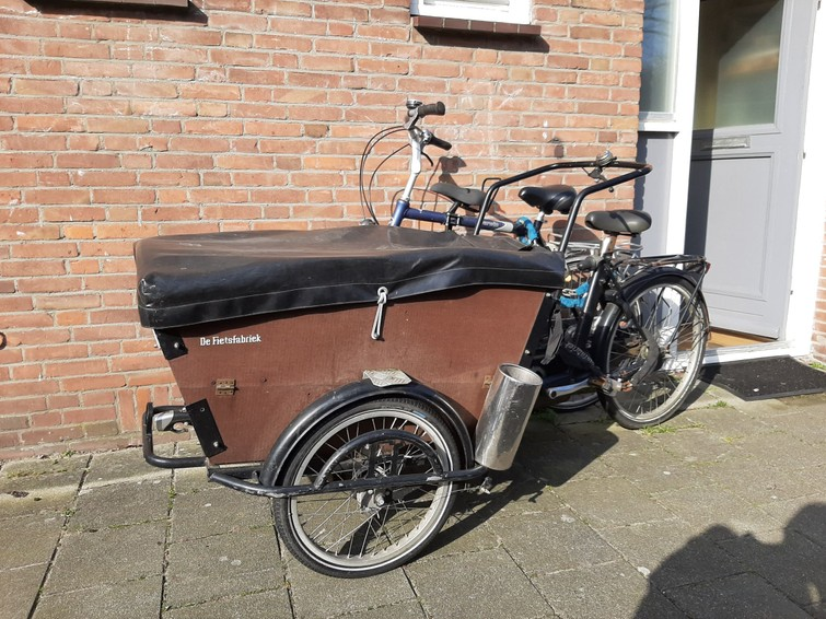 Bakfiets to transport marchandise and goods