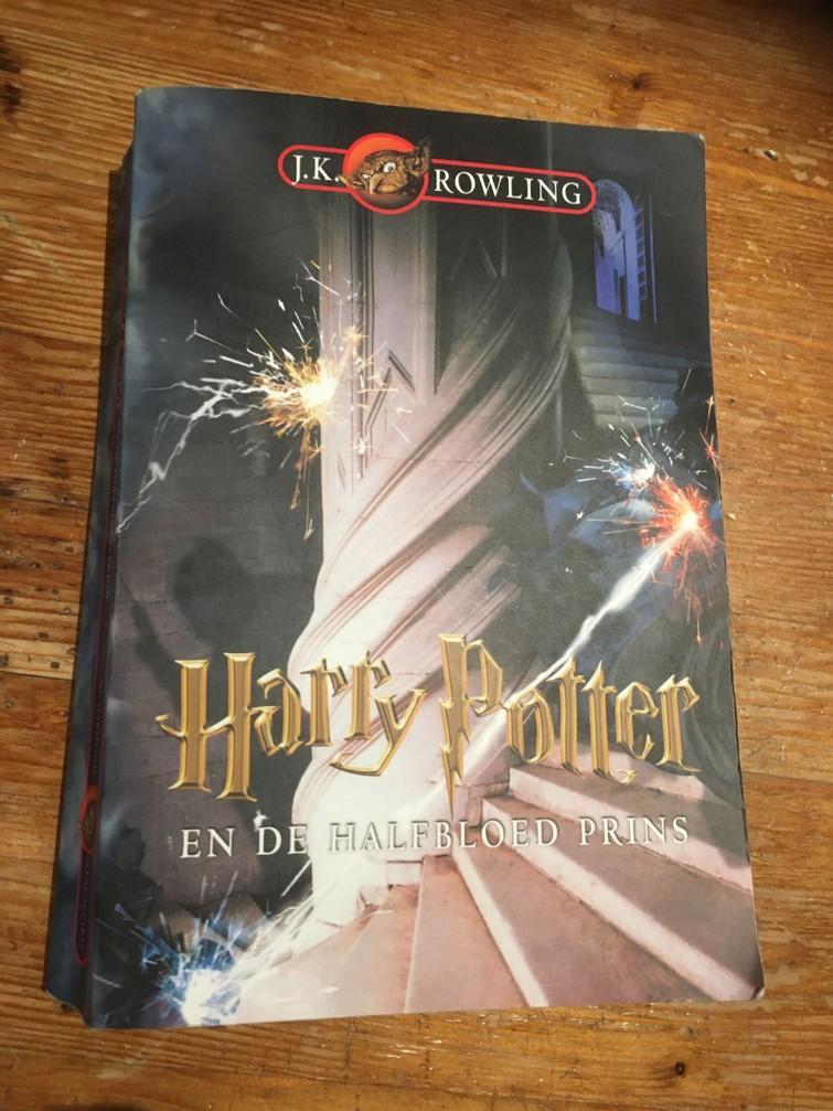 Harry Potter en de halfbloedprins (boek 6)