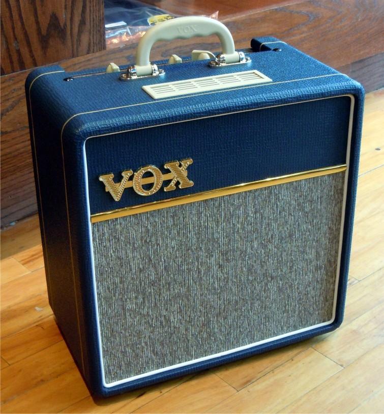 VOX AC4C1-BL 4Watt