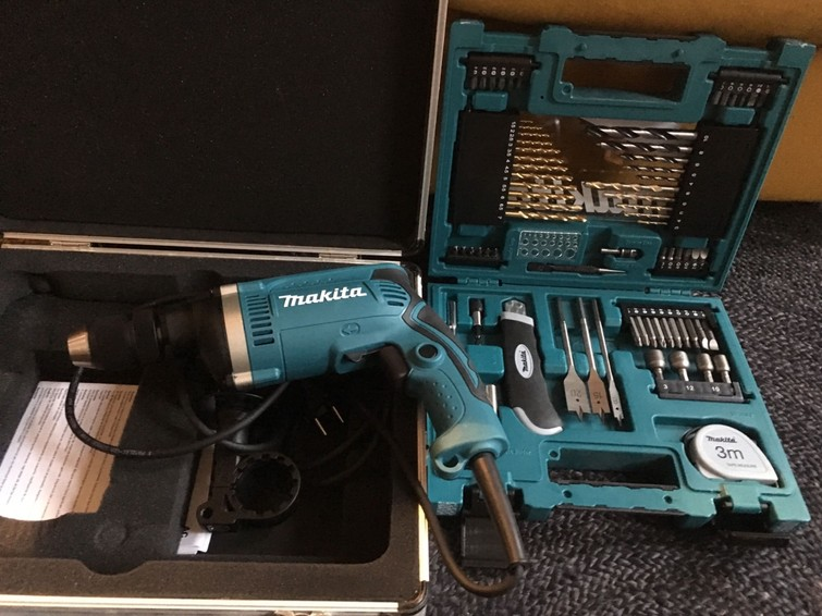 Makita klopboormachine HP1631.