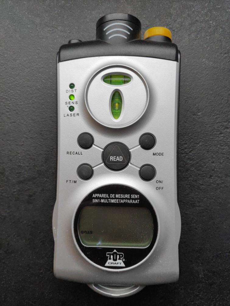 Leidingzoeker + ultrasoon afstandsmeter + studfinder