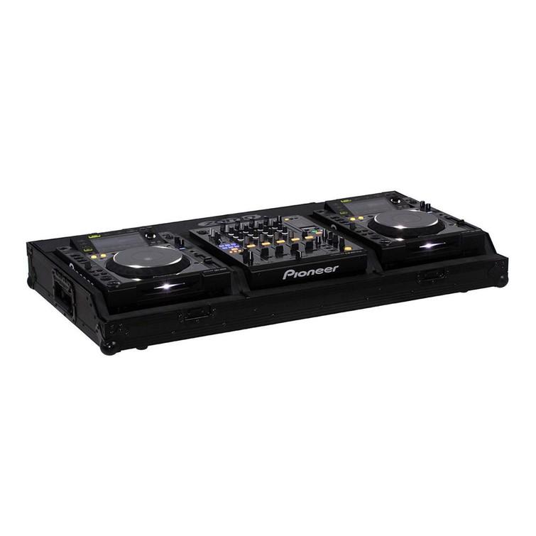 Complete DJ set. 2 x CDJ-2000 Nexus + DJM-900 Nexus