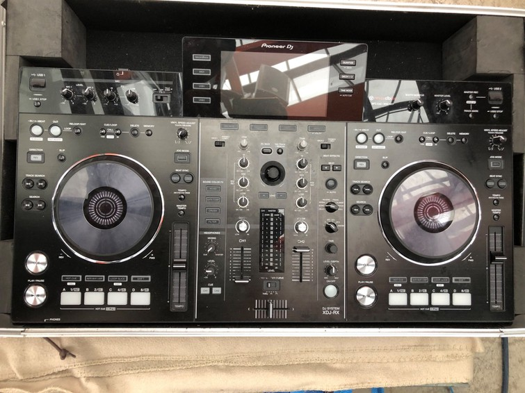 DJ set pioneer xdj-rx