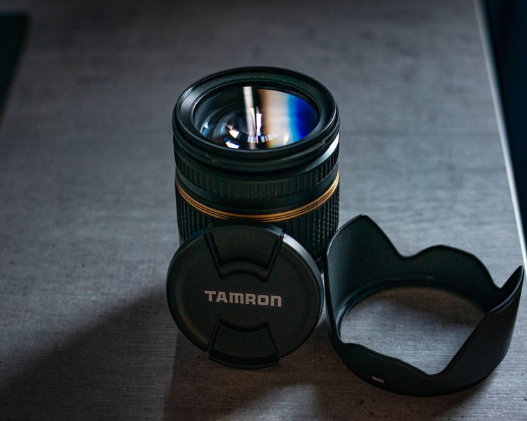 Tamron 17-50mm f/2.8 lens