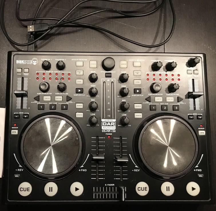 DJ set - DAP digitale DJ MIDI controller