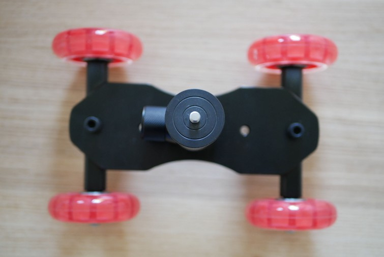 Video skateboard