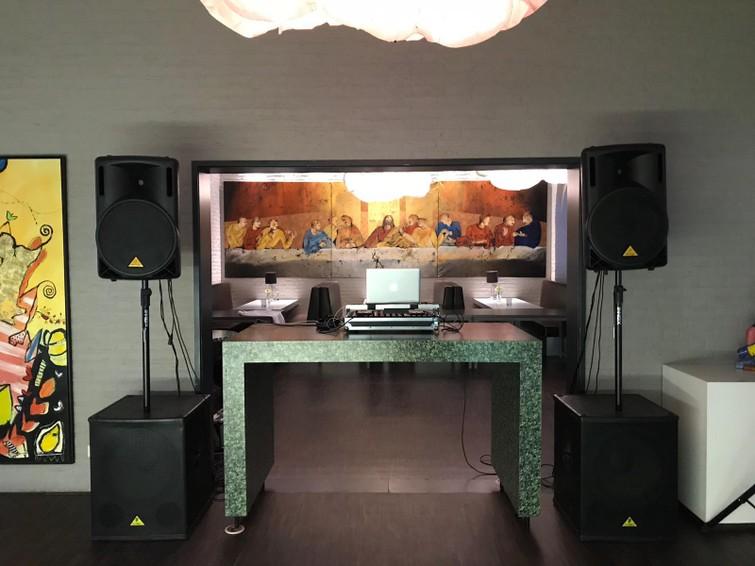 Speakerset (dj-set) te huur   2 tops en 2 subs