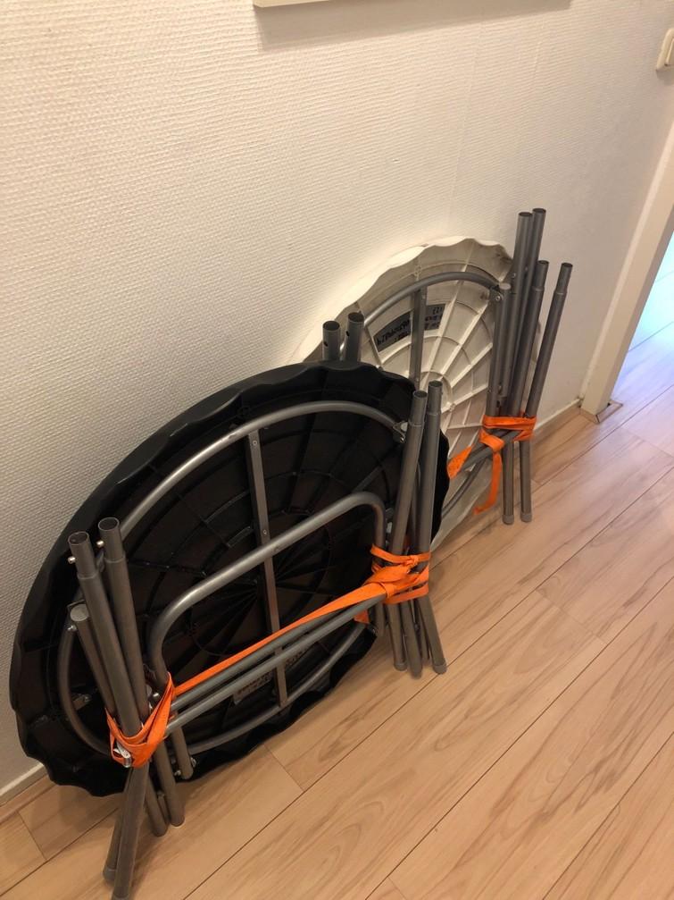 Statafel + rok (zwart) *1 voor €14 2 voor €20*
