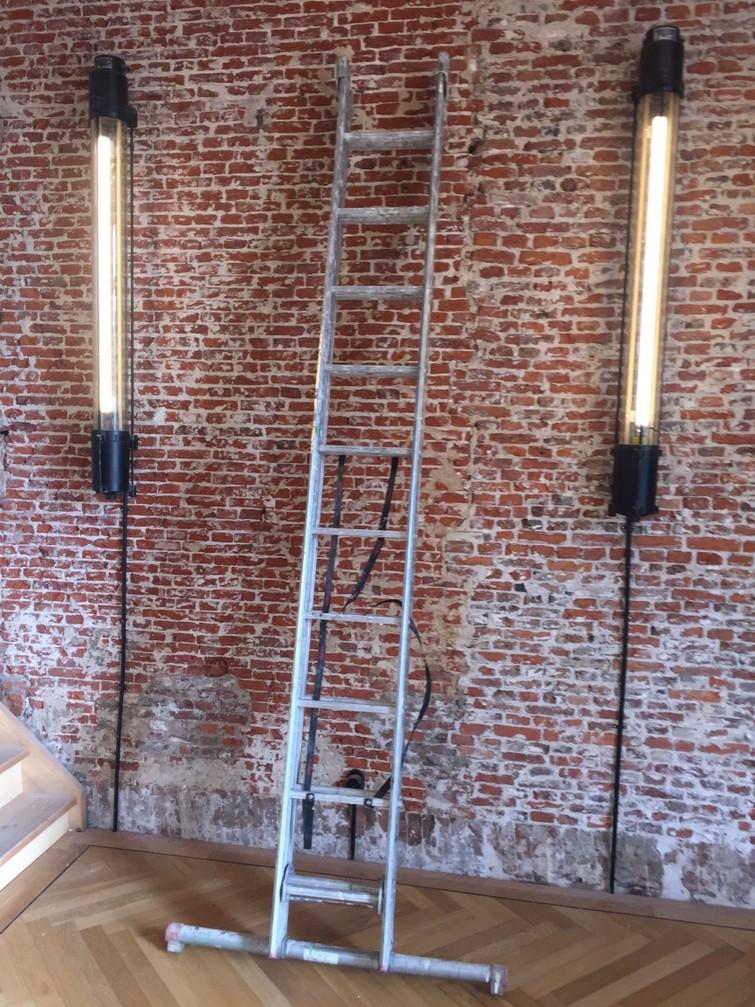 Uitschuif ladder tot ± 7 meter