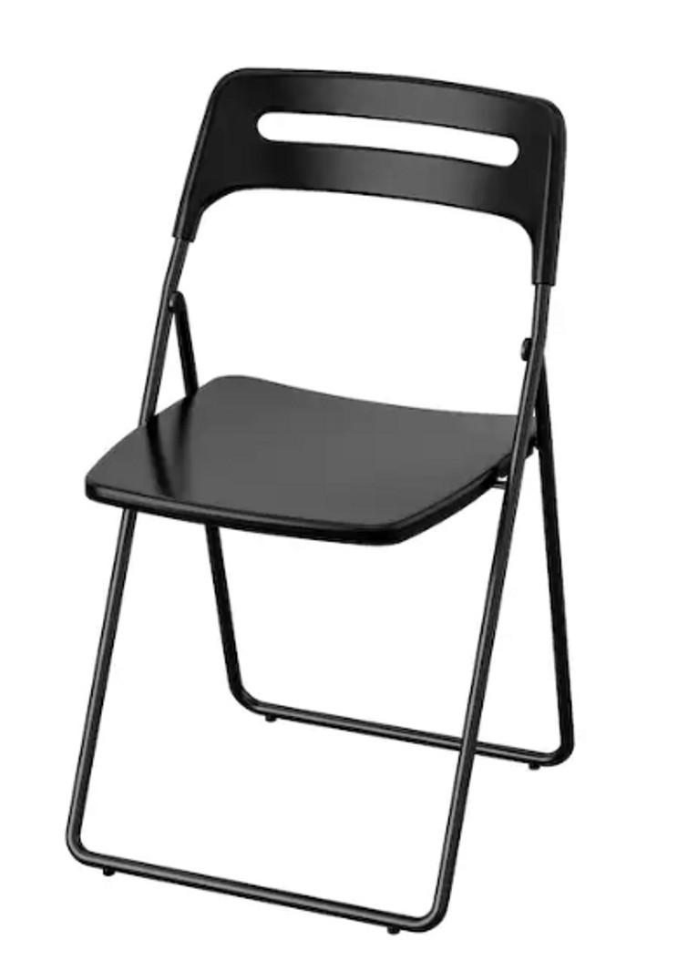 Klapstoel zwart (6 stuks beschikbaar)